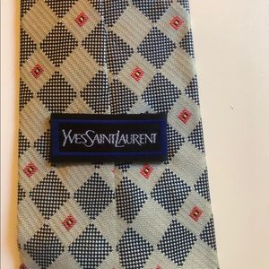YSL Yves Saint Laurent Tie 100% Silk